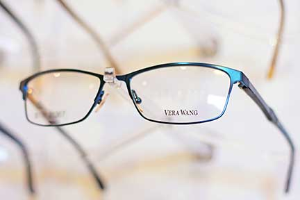 Vera-Wang-Frames-Precision-Optical-Brands
